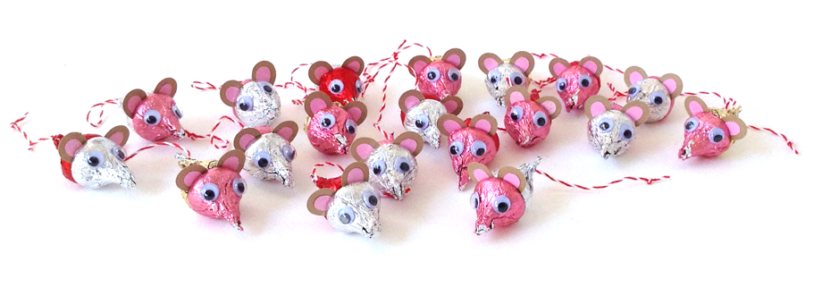 DIY-Chocolate-Mice-From-Hersheys-Kisses-6
