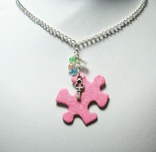 db17596cd0eb8a5e87e454da34c0cb39--puzzle-piece-necklace-pink-sparkles
