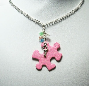db17596cd0eb8a5e87e454da34c0cb39--puzzle-piece-necklace-pink-sparkles
